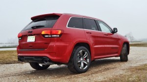 2015 Jeep Grand Cherokee SRT  33