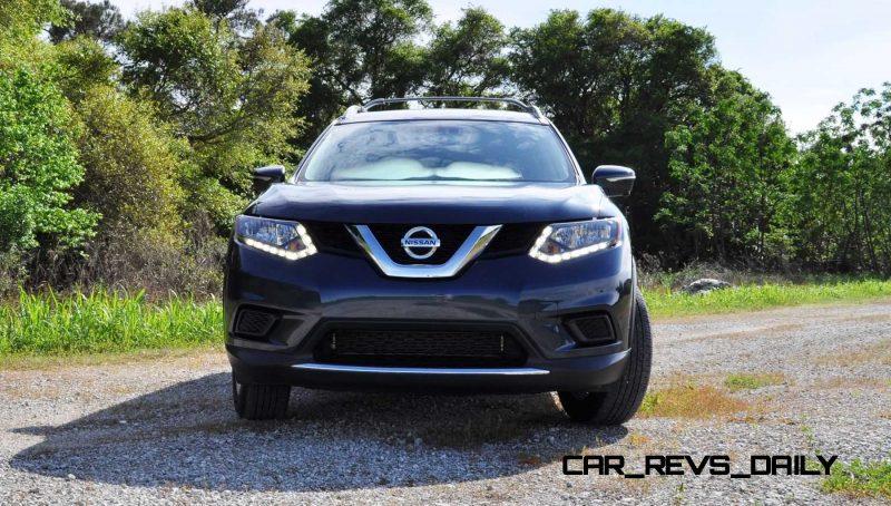 2015 Nissan Rogue SV 16