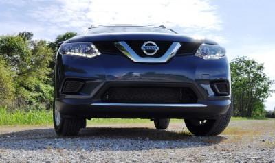 2015 Nissan Rogue SV 24