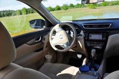 2015 Nissan Rogue SV 41