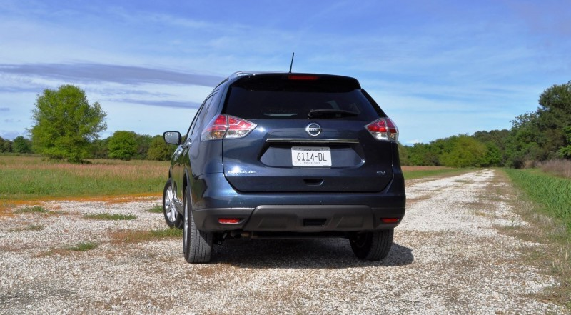 2015 Nissan Rogue SV 9