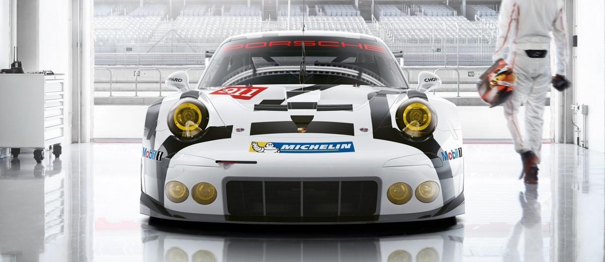 2015 Porsche 911 RSR 11