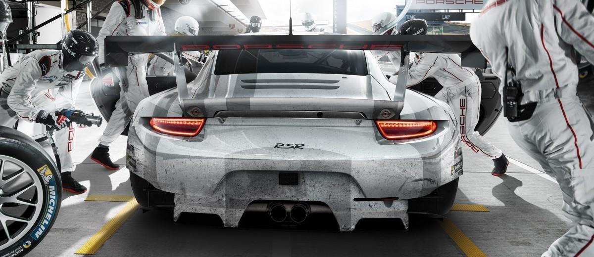 2015 Porsche 911 RSR 7