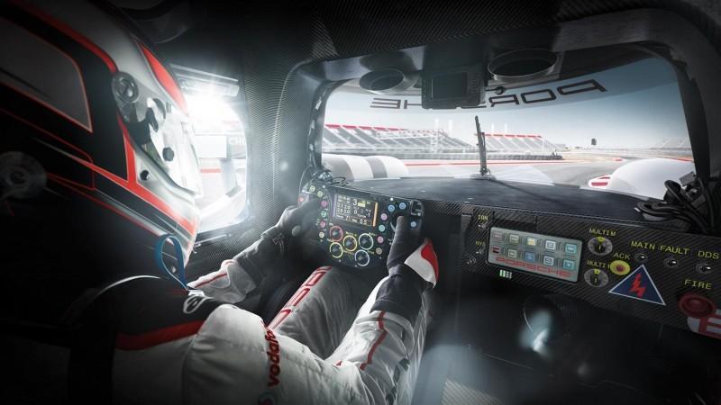 2015 Porsche 919 Hybrid 16