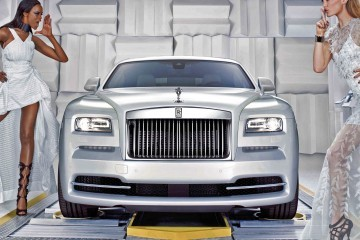 2015 Rolls-Royce WRAITH Inspired By Fashion Edition Is Two-Tone White With Color Pinstripe