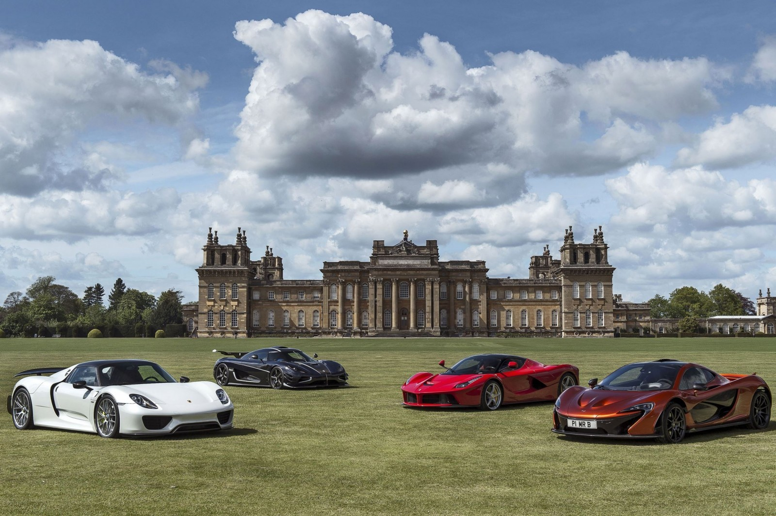 2015 Salon Prive Preview 119