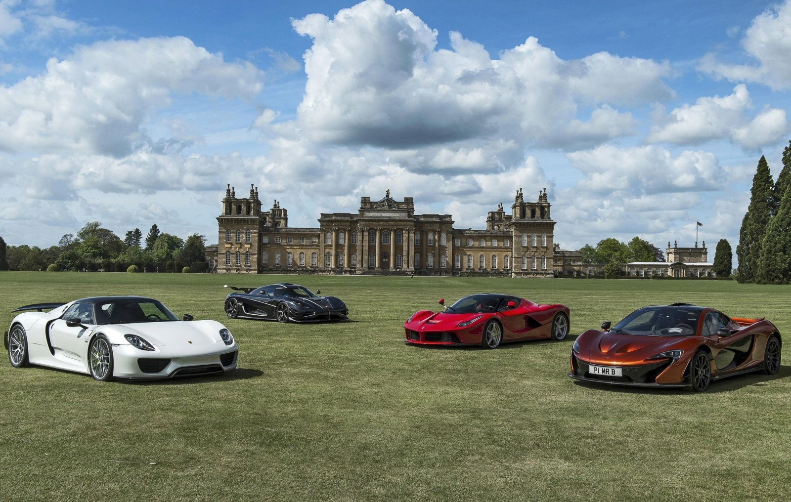 2015 Salon Prive Preview 120