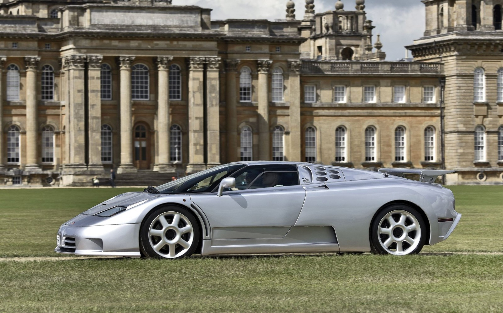 2015 Salon Prive Preview 63
