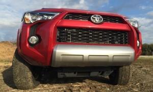 2015 Toyota 4Runner  30