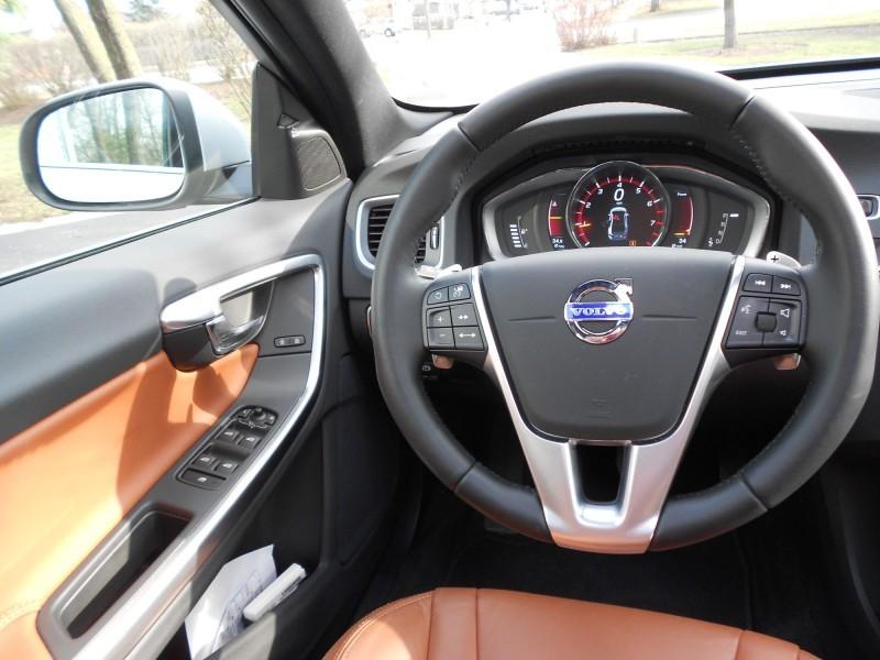 2015 Volvo S60 T6 Drive-E 10