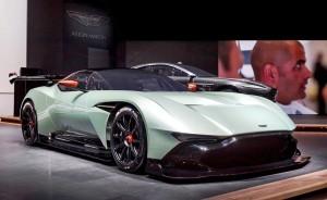 2016 Aston Martin VULCAN 29