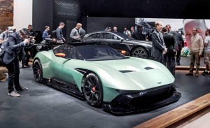 2016 Aston Martin VULCAN 31