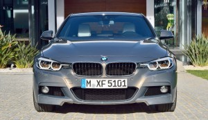 2016-BMW-3-Series-39