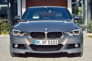 4.6s 2016 BMW 340i xDrive and new Plug-in 330e Lead Refreshed Range