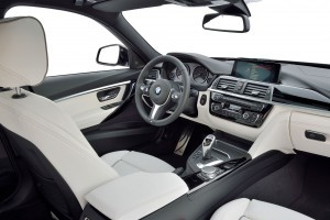 2016 BMW 3 Series Interiors 15