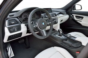 2016 BMW 3 Series Interiors 16