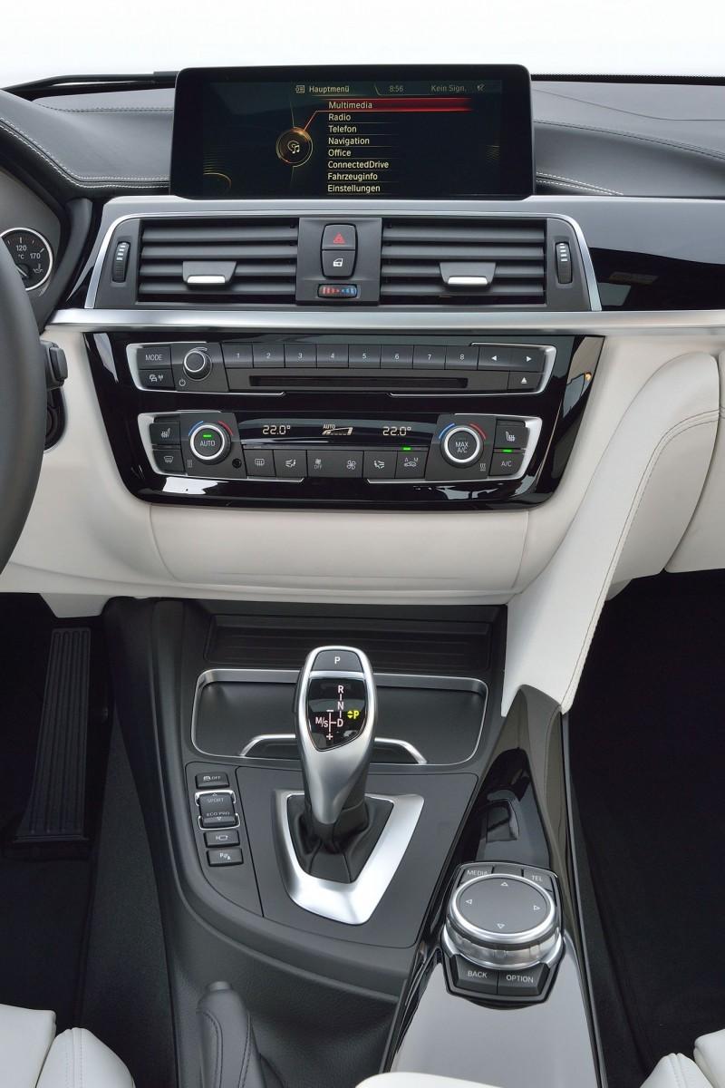 2016 BMW 3 Series Interiors 19