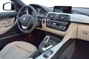 2016 BMW 3 Series Interiors 25