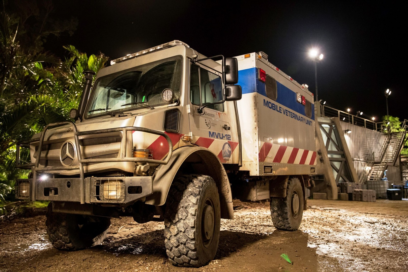Mercedes-Benz GLE Coupe, G63 6x6 and Unimog U5023 Star in ...