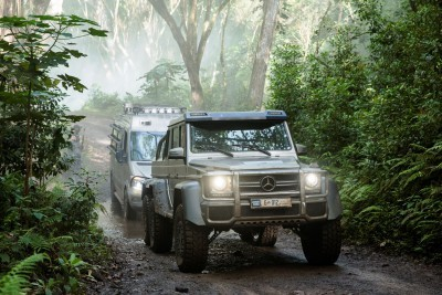 Mercedes-Benz GLE Coupe, G63 6x6 and Unimog U5023 Star in Jurassic World 6