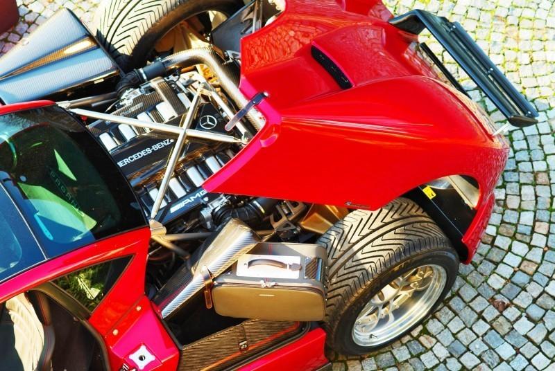 Pagani Roadster 8