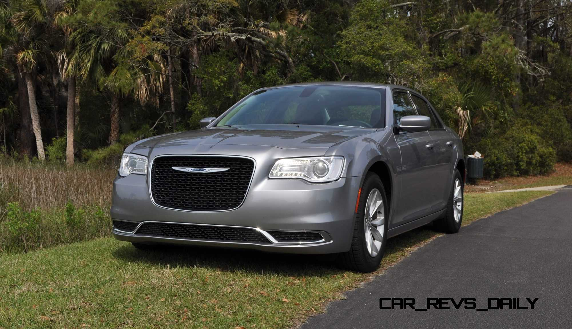 road test review 2015 chrysler 300 limited 114. Black Bedroom Furniture Sets. Home Design Ideas