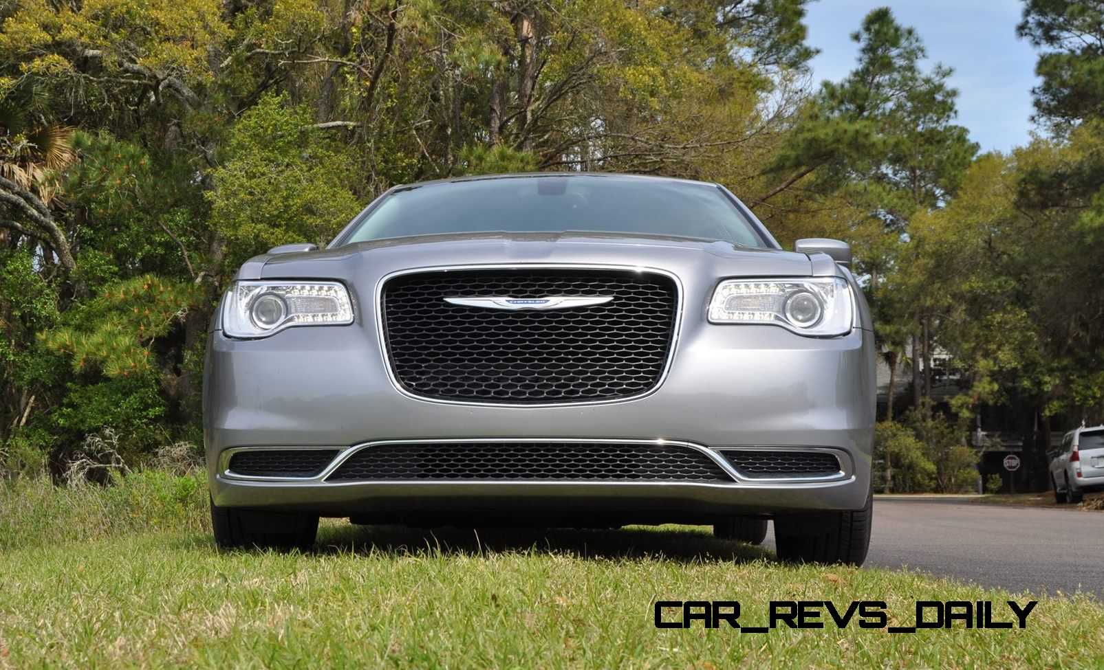 road test review 2015 chrysler 300 limited 116. Black Bedroom Furniture Sets. Home Design Ideas