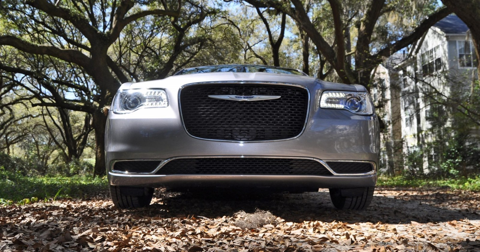 2015 Chrysler 300 Limited Review