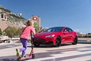 Tesla Model S by LARTE Design 1