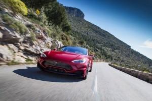 Tesla Model S by LARTE Design 20