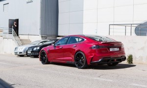 Tesla Model S by LARTE Design 38