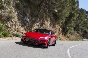 Tesla Model S by LARTE Design 45
