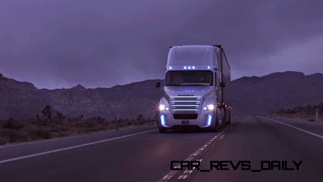 freightliner_inspirationtruck_night2_001