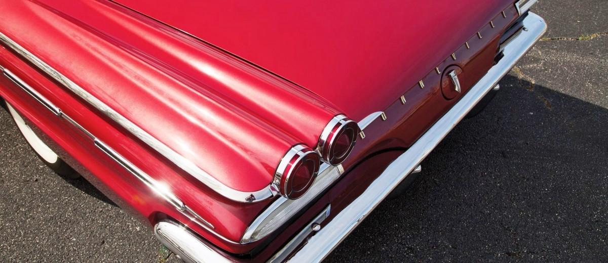 1960 Pontiac Bonneville Sport Coupe 8