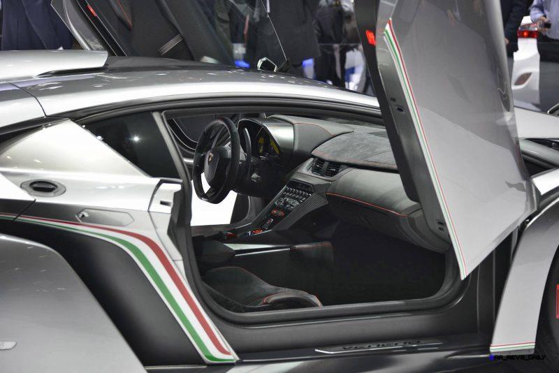2013 Lamborghini VENENO Coupe 11
