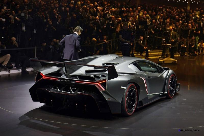2013 Lamborghini VENENO Coupe 23