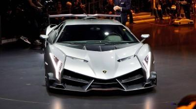 2013 Lamborghini VENENO Coupe 27