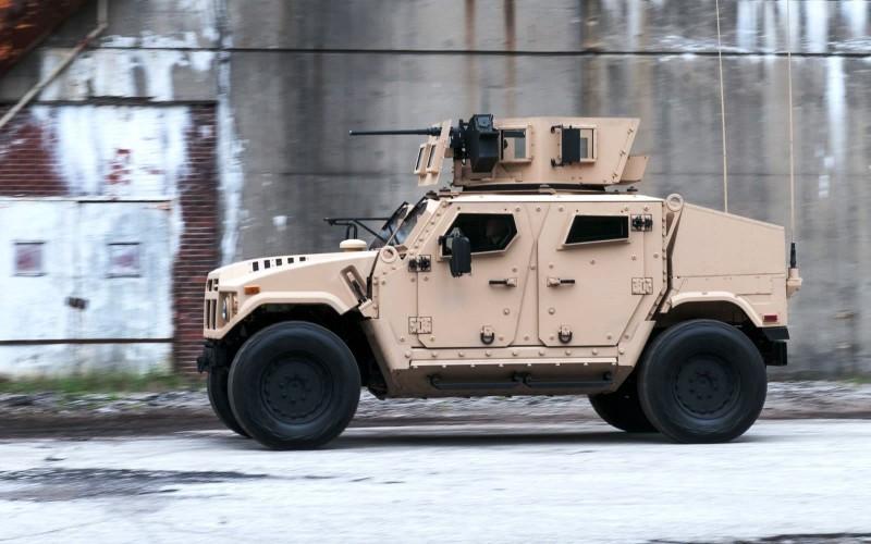 2015 AM General BRV-O 22