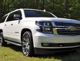 2015 Chevrolet Suburban LTZ 1/2 Ton 4WD Review