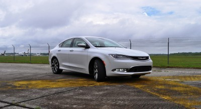 2015 Chrysler 200C V6 10