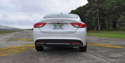 2015 Chrysler 200C V6 13