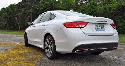 2015 Chrysler 200C V6 16