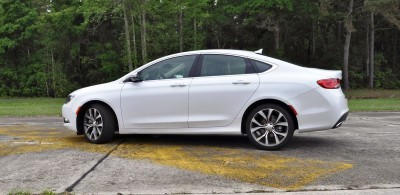2015 Chrysler 200C V6 18