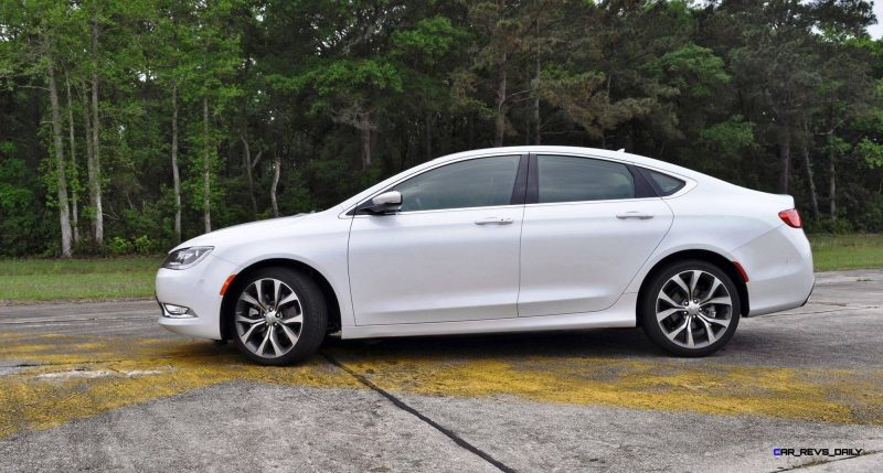 2015 Chrysler 200C V6 19
