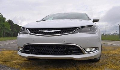 2015 Chrysler 200C V6 23