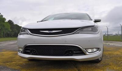 2015 Chrysler 200C V6 23