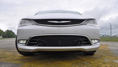 2015 Chrysler 200C V6 24