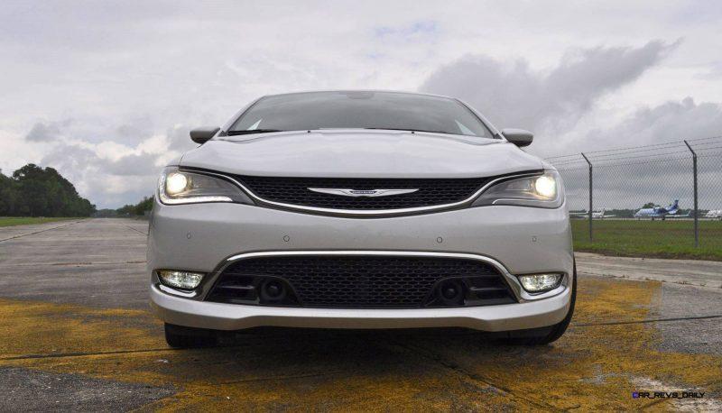 2015 Chrysler 200C V6 27