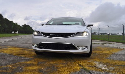 2015 Chrysler 200C V6 30