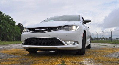 2015 Chrysler 200C V6 32